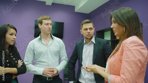 female manager communicates with subordinates