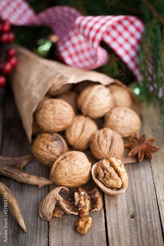 Weihnachtszeit, Walnüsse