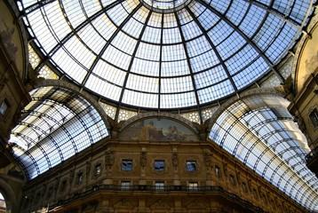 Vittorio Emanuele,Milan