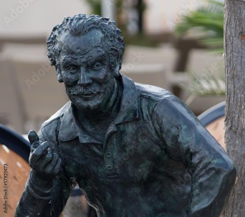 Papiers peints Statue Statue de Brassens