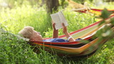 Relax Reading last bestseller in cozy Hammock