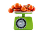 tomatoes on a kitchen scale