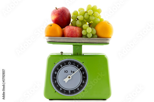 vintage kitchen scale with fruit