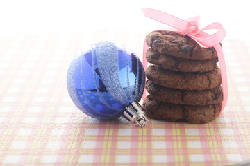 Chocolate Cookies & Christmas Balls