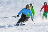 gemeinsam beim Skifahren