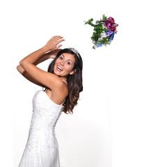 Novia lanzando bouquet de flores,matrimonio