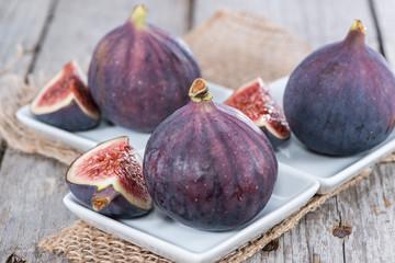 Some fresh Figs