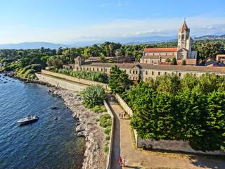 Saint Honorat Iles de Lerins Cannes Méditerranée Monastère