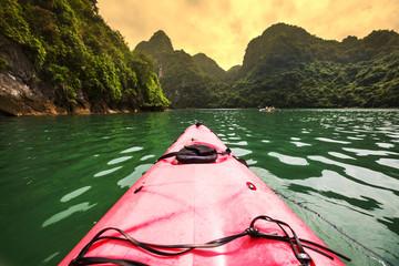 Canoe in Halong
