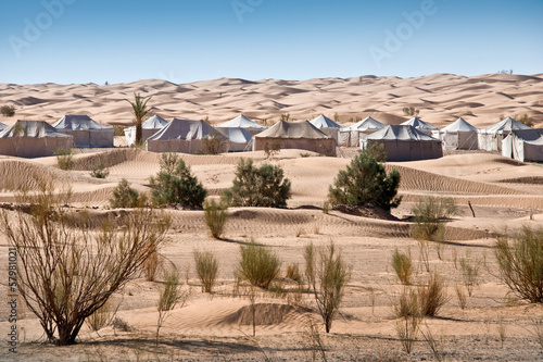 Foto op Aluminium Tunesië Tentes dans les dunes du Sahara - Tunisie