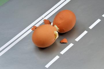 Два разбитых крутых яйца. Концепция ДТП