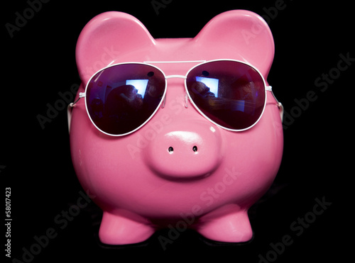 Piggy bank wearing retro sun glasses