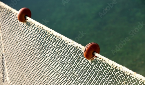 net intact without fish