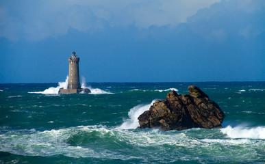 Tempête sur le phare du four, Bretagne
