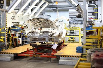 Produktionsarbeiten in der Fabrik