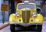 Fototapety yellow vintage taxi