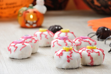 Dolci per Halloween decorati