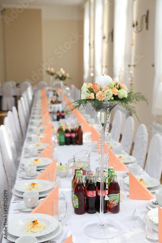 Stół weselny.