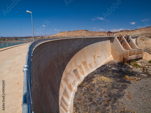 Plexiglas Dam Naute Dam