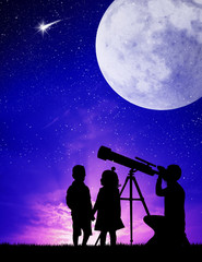 people look in the telescope