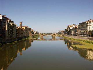Riflessi sul fiume Arno