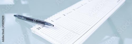 tischkalender mit kugelschreiber