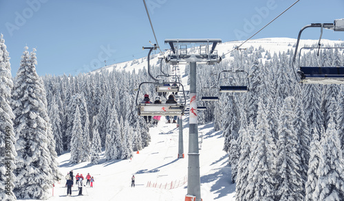 Foto op Canvas Wintersporten Chair-lift at ski resort
