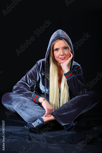 Blonde natural girl posing in the studio