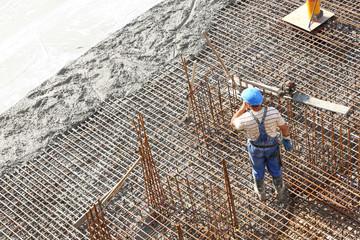 Arbeiter auf Gründung