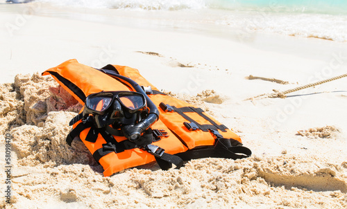 Snorkeling set and life jacket