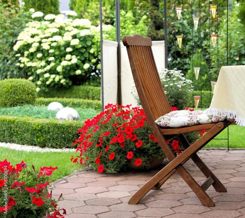 canvas print picture Entspannen im eigenen Garten