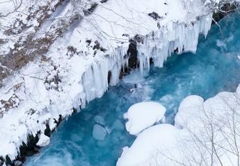 冬のブルーリバー