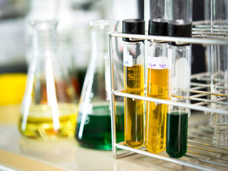 Laboratory glassware with liquid color