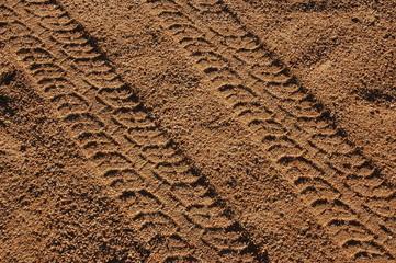 tracce di pneumatici