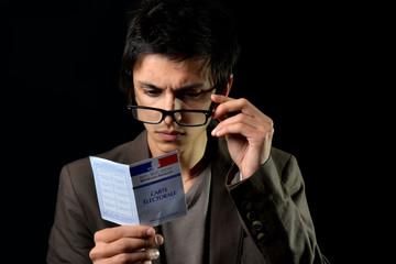 France Elections - Jeune et interrogation