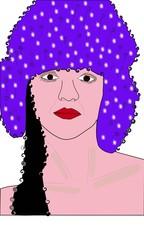 Mujer con gorro morado
