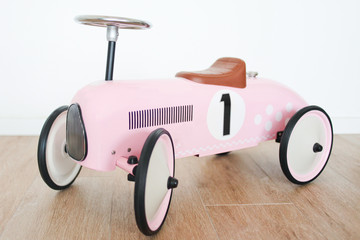 Retro Pink toy car  for girls