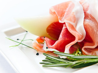 ham with melon