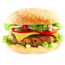 Hamburger savoureux contenant de la viande et des conserves au vinaigre