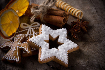 Tradition christmas gingerbreads