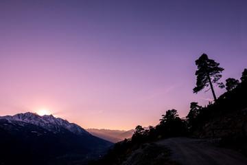 Tramonto suggestivo in montagna