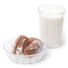 Madeleine cakes and milk