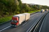 LKW auf der Autobahn 5 - 58224082