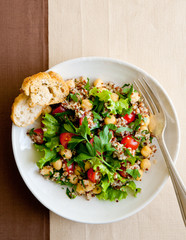 Fresh salad with quinoa and garbanzo beans