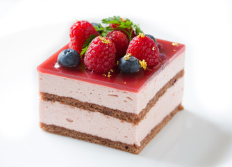 Blueberry and raspberry mousse cake