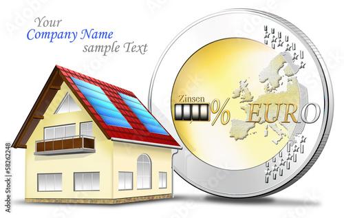Eigenheim mit Euromünze und Finanzierung