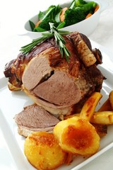 roast leg of lamb with vegetables