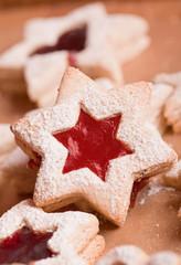 homemade spitzbuben  christmas jelly cookies