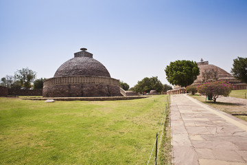 Ancient Buddhist stupas at Sanchi, Madhya Pradesh, India
