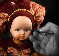 Bambola in porcellana dipinta a mano